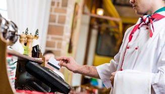Why Restaurants are Switching from a Cash Register to POS Systems