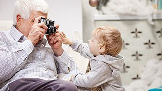 The Best Personalized Gifts for Grandparents
