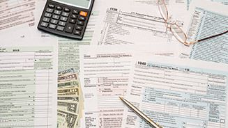 What Forms You Need to Fill Out Your Taxes_627x382 copy